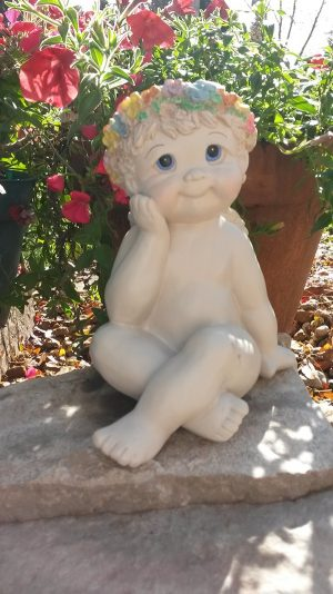 Small Cherub Garden Statue