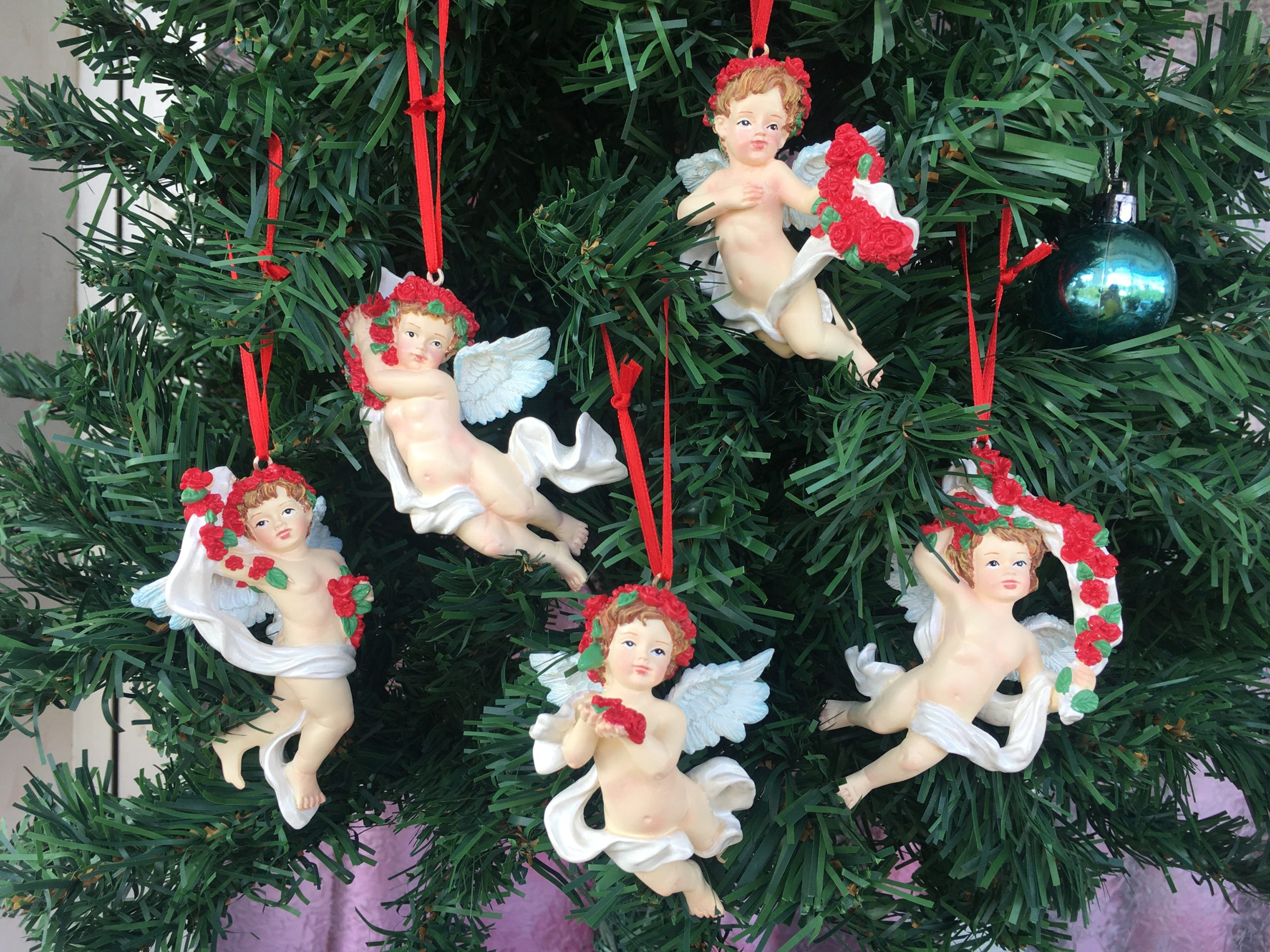Christmas Tree Ornaments with Cherubs